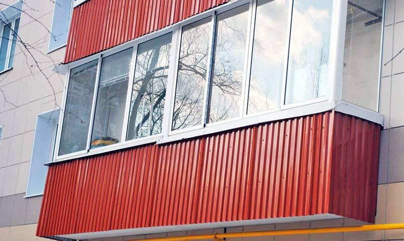 Обшить балкон (73 фото): чем обшивают изнутри и снаружи, луч.